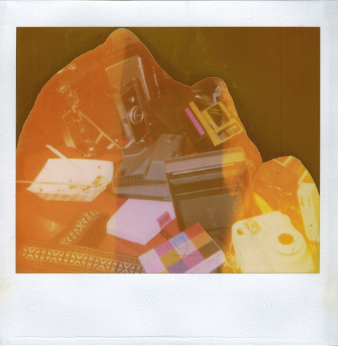 Photo: Christian Oliveira - Polaroid Spectra 2 - VERY expired Polaroid Spectra film